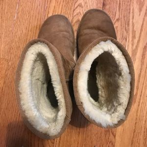 UGG Shoes - Classic Ugg boots
